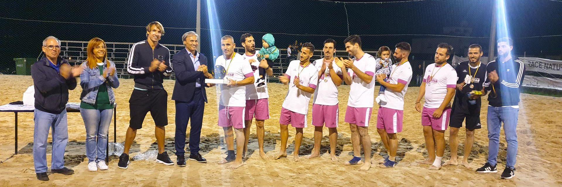 A equipa da Pradifar venceu a décima edição do Torneio de Futebol de Praia, que terminou ontem à noite em Vieira do Minho