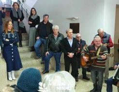 Galeria de Fotos - Grupo de Cavaquinhos da Universidade Sénior cantou janeiras na Câmara Municipal