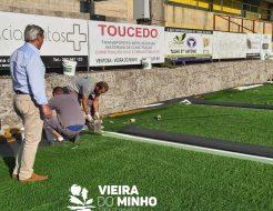 Galeria de Fotos - Decorrem em bom ritmo os trabalhos de substituição do relvado sintético do Estádio Municipal